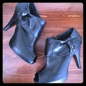 Bamboo black booties